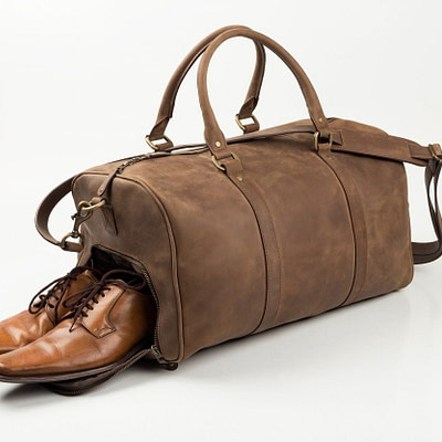 """rich result in google SERP while searching """"vintage duffle bag"""""""